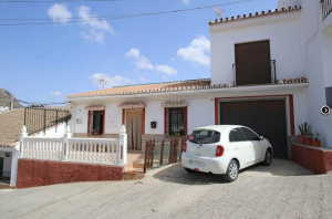 4 Bed Townhouse – Alora